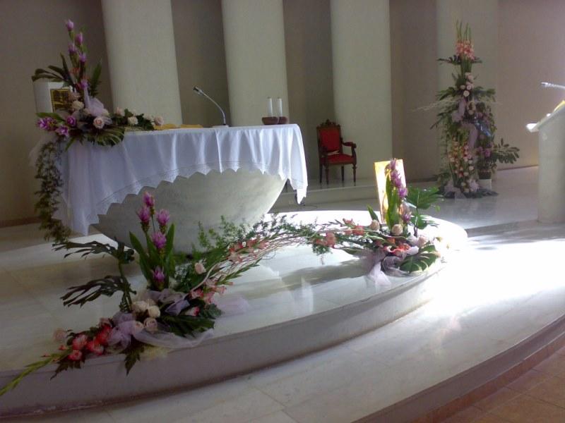Addobbi Matrimonio In Chiesa : Fiorista piera savona bouquet addobbi fiori piante interflora